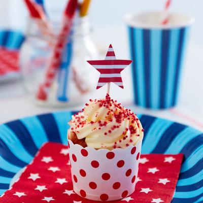Paper-Eskimo-Cupcake-Setting